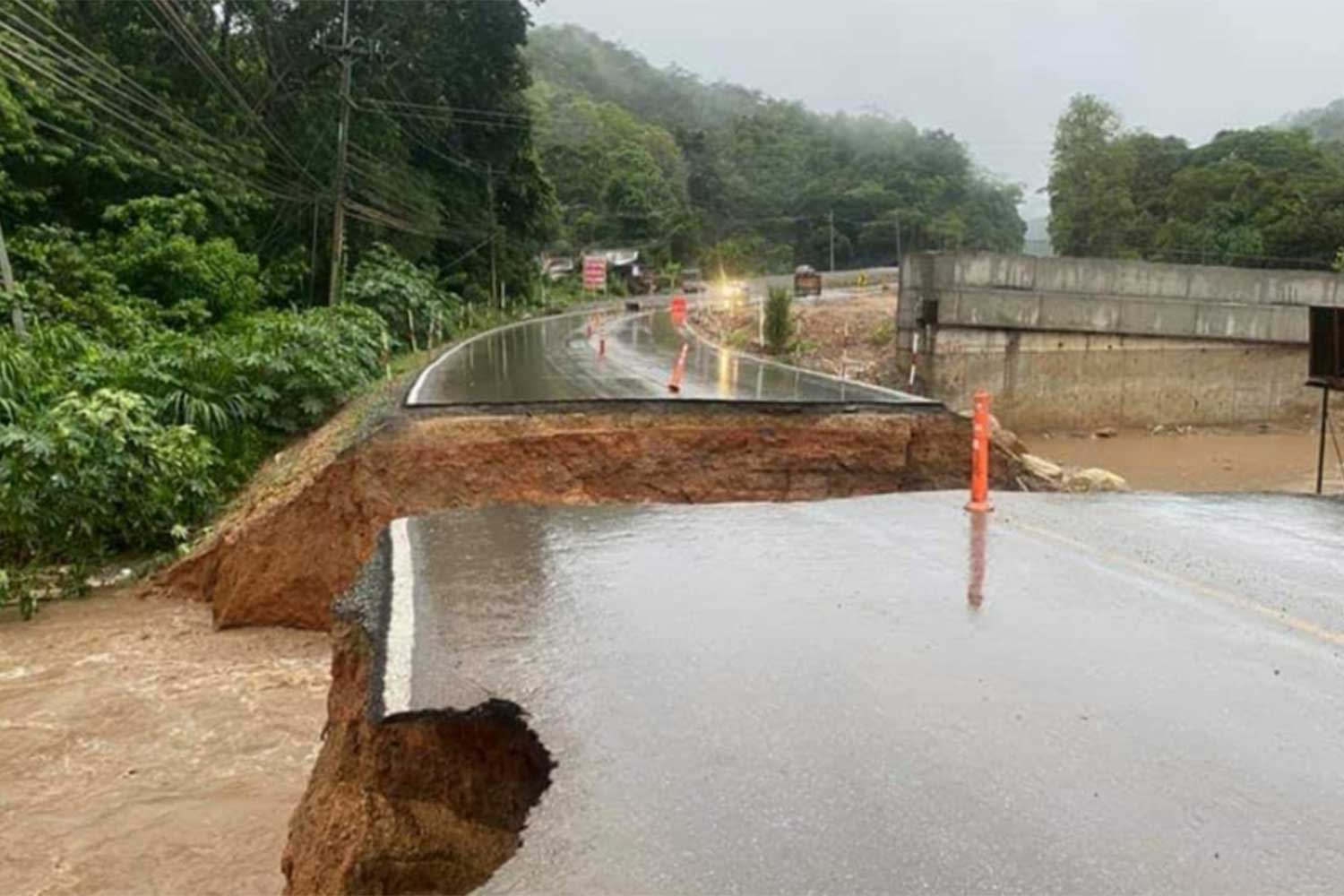 Chiang Mai Road Damaged
