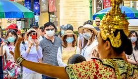 Chinese Tourists In Thailand