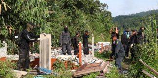 Illegal Resorts Torn Down