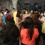 Parents Gather at Sarasas School