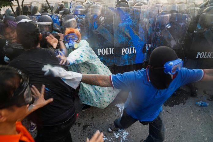 Violent Protest Bangkok