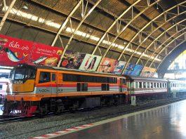 Hua Lamphong Train Station Bangkok