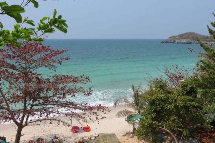 Koh Si Chang Island