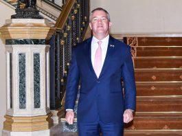 US Ambassador Resigns