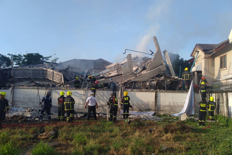 Fire Kills 5 in Bangkok