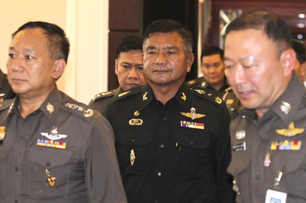 Senior army adviser Lt Gen Manas Kongpan